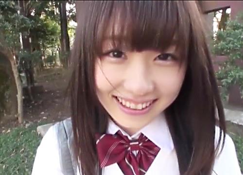 「早くっ♡もう我慢出来ないのっ♡」超可愛いロリ美少女と制服コスプレセックス!スレンダー美乳おっぱいがエロ過ぎて中出し!