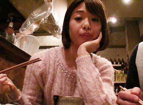 ●川上奈々美●「えへへ~♡まだ飲むっ♡」スレンダー美乳おっぱいロリ美少女AV女優とホテルでハメ撮り!ニーハイ美脚が抜ける!