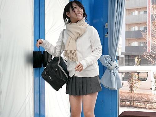 《素人JKをナンパする企画で痴女がひっかかるw》「おとといもSEXしたよ♥」ビッチな巨乳ロリ!おっぱい綺麗でエロイ!