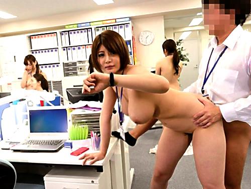 【時間停止企画】時を止めて、おっぱいでけぇ巨乳のOLお姉さんに膣内射精!ザーメン垂らしながら仕事する美女がエロすぎるw
