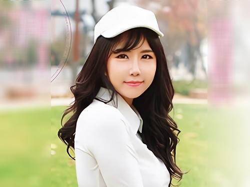 《プロのゴルフ選手がAV女優!》韓国人の巨乳美女登場!「もっとぉ♥」おっぱい整形済み?大きいおっぱいが乳揺れがエチエチw