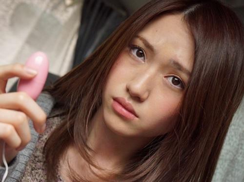 【外人ナンパ】「ん?コレナニ?」外国人女子大生美女を誘ってリモコンバイブ仕込んでイタズラお出かけしホテルでエッチ!!