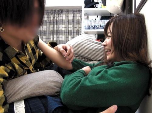 素人ナンパ「もぉ♥彼氏いるからHはだめっ♥」関西弁彼氏持ち美少女を口説いて挿入!入れたら普通に話しながらSEXが抜けるw