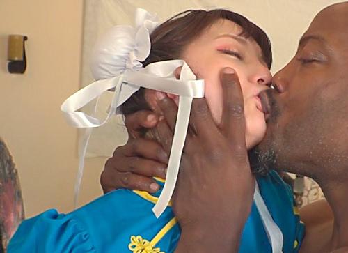《ヒロインxレ●プ》「や、やだっ!くそぉぉ!」スレンダー巨乳おっぱいの美少女格闘家がデカチン黒人に辱めをうける!
