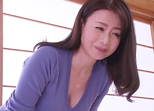 《四十路の人妻熟女》「ママと…しようね♥」スレンダー巨乳おっぱいの美魔女が息子と性教育セックスしちゃうww《母子相姦》