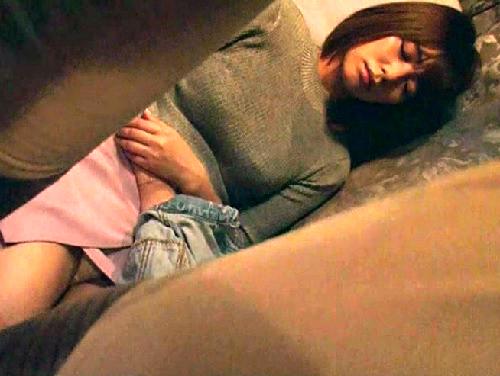 《深夜バスのレ○プ》「やだっ!挿れないでっ!」巨乳おっぱいお姉さん快楽堕ちで勃起クリを押し付け騎乗位中出しされちゃう