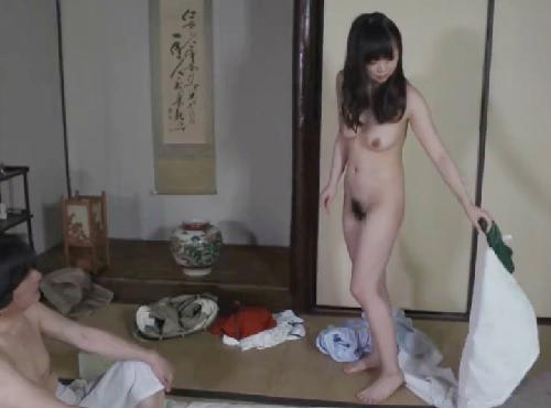 《エロ過ぎ若妻》「旦那のためです♥」夫の夢のために高齢なオヤジに抱かれ、膣内射精されちゃうスレンダー巨乳おっぱい美女ww