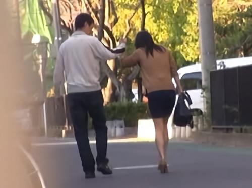 《黒人の痴カンレ●プ》「イヤ!助けて!」満員電車でクリ責めされて巨乳おっぱいミニスカ美女が連れ込まれて膣内射精SEX!