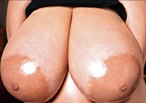《視聴注意・Pカップ超乳》「いっぱい揉んでぇ♥♥」SEX中毒のムチムチ巨乳おっぱい・パイパン人妻と膣内射精Hが激エロ