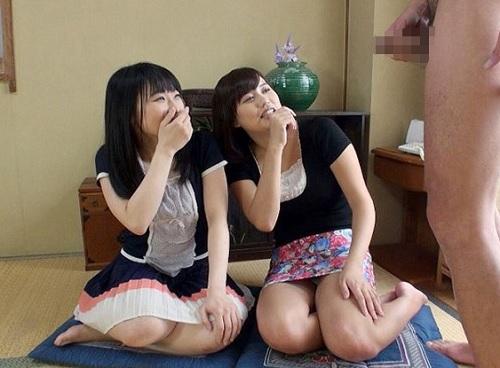 ●《素人人妻のオナニー鑑賞》「やぁ♥大きぃ♥」欲求不満なムチムチ巨乳・貧乳の若妻がシコシコで発情してチンポべろべろw