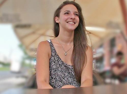 素人ナンパ「キモチィ♥」バルセロナでゲットした20歳の褐色肌、スレンダー美乳おっぱい美女の綺麗なパイパンがマジ抜けるw