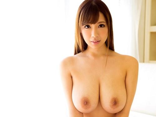 《神乳おっぱい動画》「私で興奮して♥」スレンダーで超乳がエロイやつ!乳揉み、乳揺れ、挟む乳、おっぱい好き必見のエロ動画