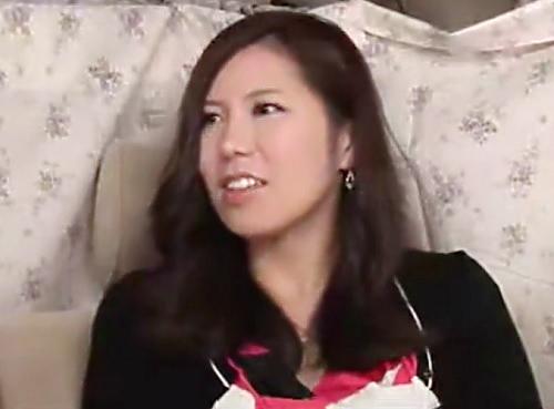 熟女ナンパ「ひぃ♥気持ちぃのぉ♥」ムチムチ巨乳おっぱいの素人人妻はすぐにパンツ濡らす変態wホテルで膣内射精SEX!!w