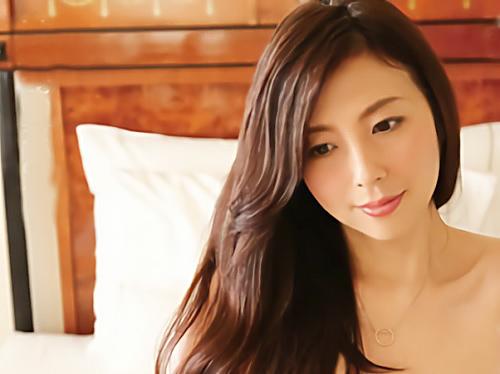 【五十路の人妻熟女】「挿れてっ♥♥」不倫サイトで出会った美熟女とハメ撮り!スレンダー巨乳おっぱいの美人おばさんが最高w